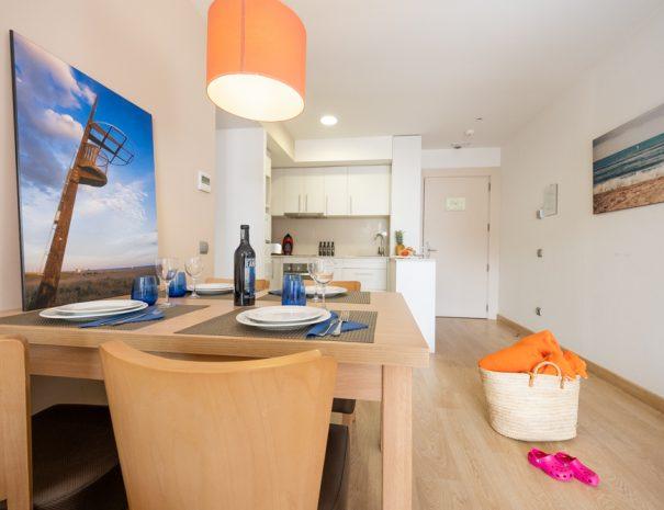 apartamento 1 dormitorio en castelldefels playa salon