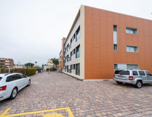 apartaments maritim castelldefels playa parking lateral