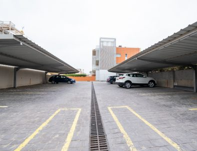 apartaments maritim castelldefels playa parking